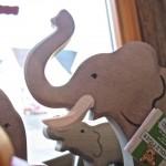 Figuren von Holztiger: Elefanten