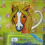 Porzellanbecher Pony von Lutz Mauder bei Numero 16