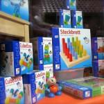 Selecta-Neuheiten 2011 im Schaufenster (Steckbrett u.a.)